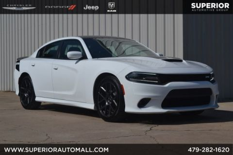 Pre-Owned 2017 Dodge Charger R/T